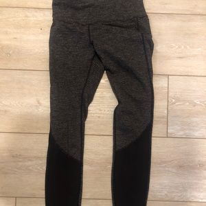 Lululemon tights size 6 GUC
